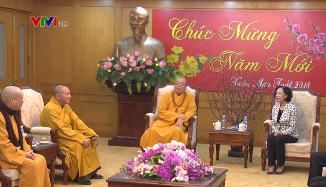 Vietnam's Buddhism stays side by side with nation