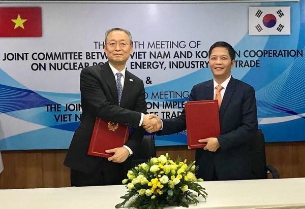 Vietnam, RoK look towards USD100 billion in trade by 2020