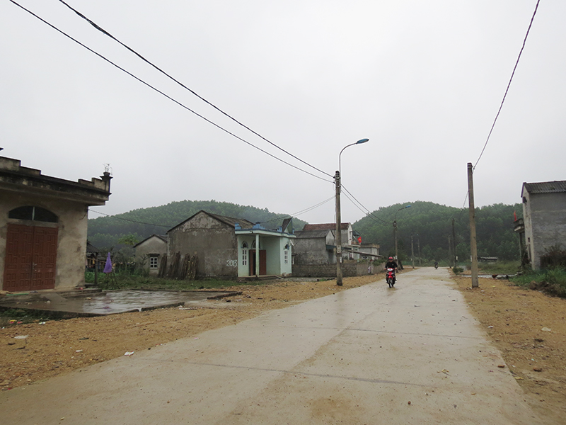Poverty reduction program well implemented in Quang Ninh province's district