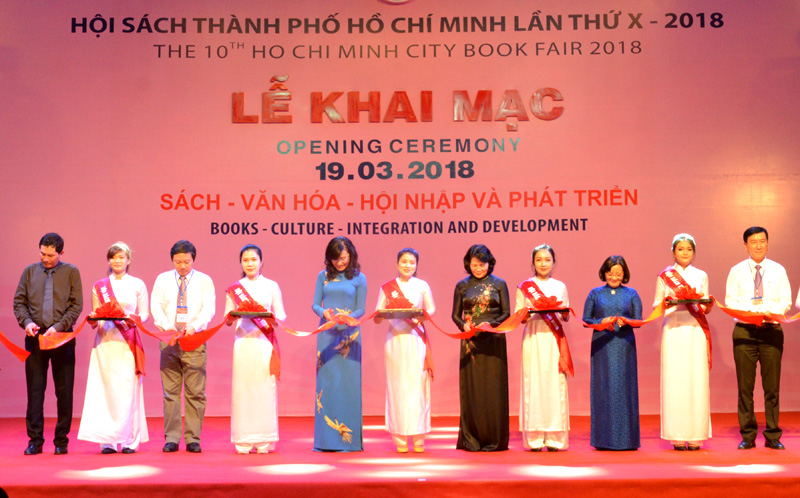 Nearly 40 international publishers participate HCM city Book Festival 2018