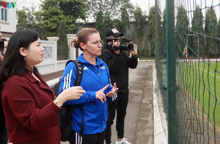 FIFA expert to seek best path for Vietnamese women's football