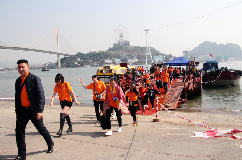 Quang Ninh welcomes 4.6 million tourists in three months