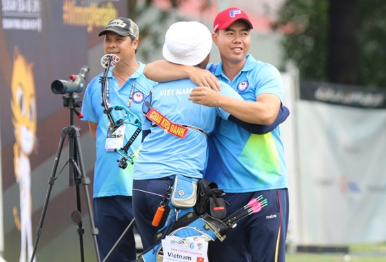 Vietnam wins two golds at 21st edition of Asian Archery Championships
