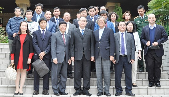 Secretary of Ho Chi Minh city Party Committee meets overseas Vietnamese community in Japan
