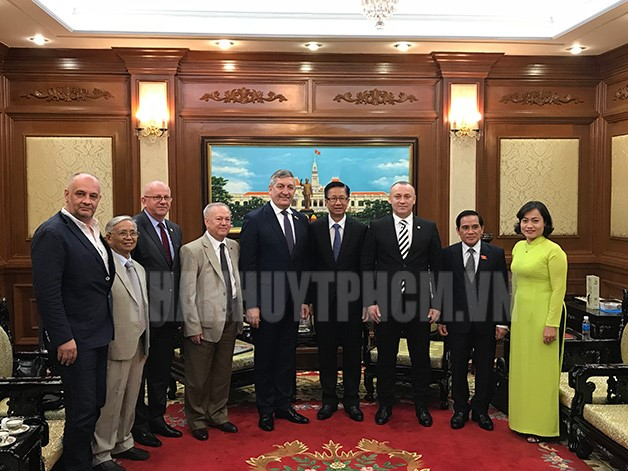 Romania's capital city wants to set up friendly relationship with Ho Chi Minh city