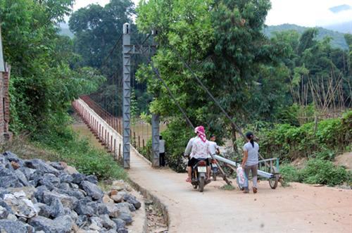 Son La province carries out well program on mountainous communes