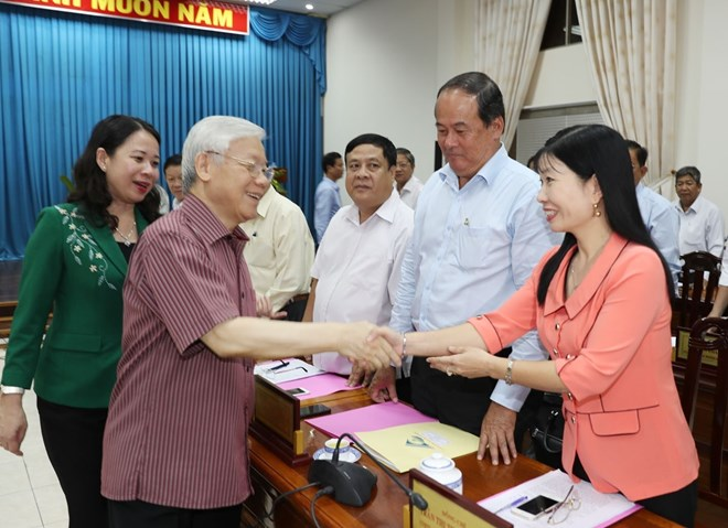 Party chief commends An Giang on clear orientation for development