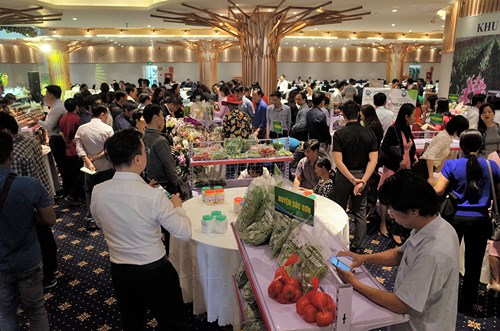 Conference seeks solutions to develop sustainable agricultural products in Hanoi