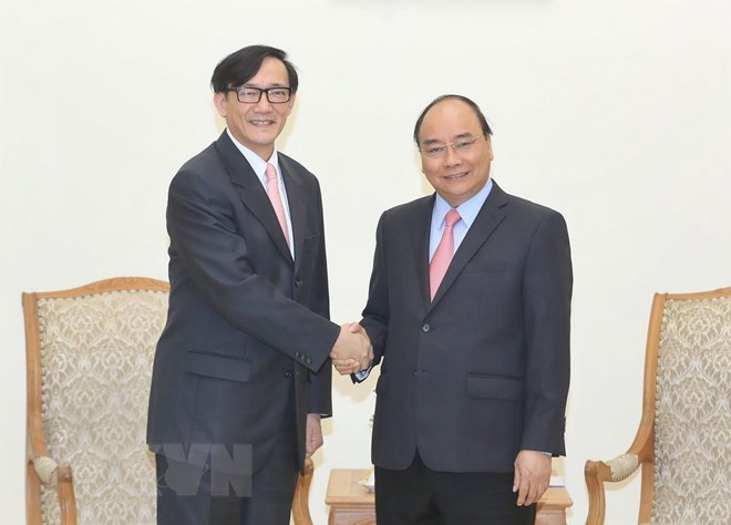 PM Nguyen Xuan Phuc receives outgoing Thai Ambassador