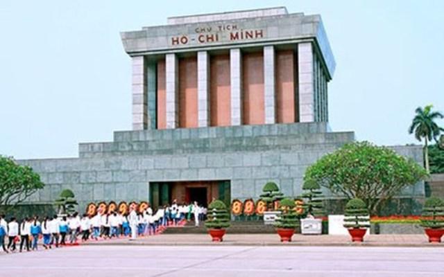 Adjust time for regular restoration of President Ho Chi Minh's Mausoleum