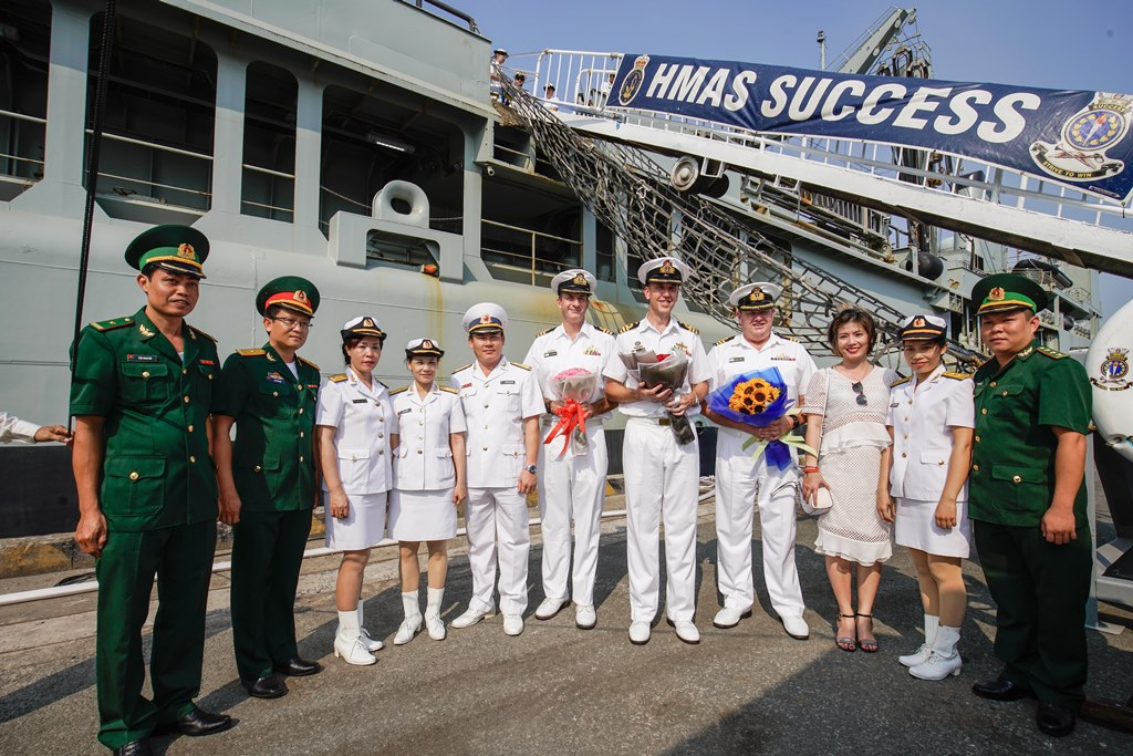 Royal Australian Navy warships pay a goodwill visit to Ho Chi Minh city