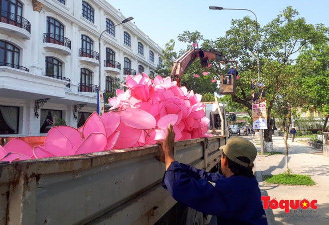 "Hue city wears ""new coat"" to welcome festival"