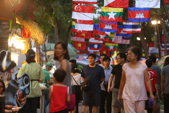 Culture and Trade Exchange Program among ASEAN members in Ho Chi Minh city