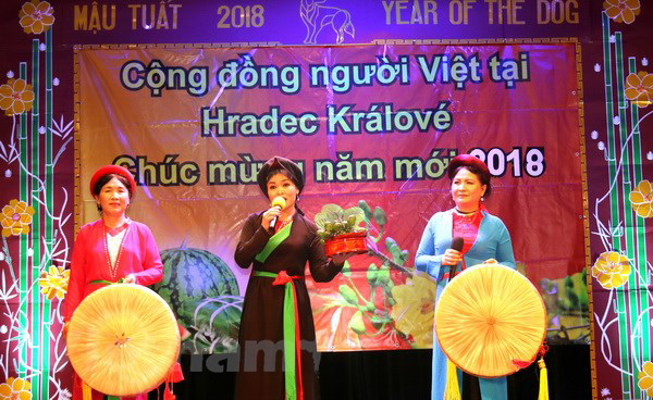 Czechs are more love to Vietnamese community
