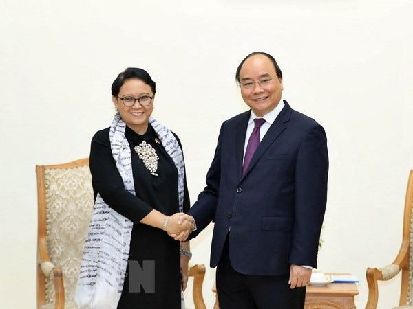 PM pins hope on stronger trade ties with Indonesia
