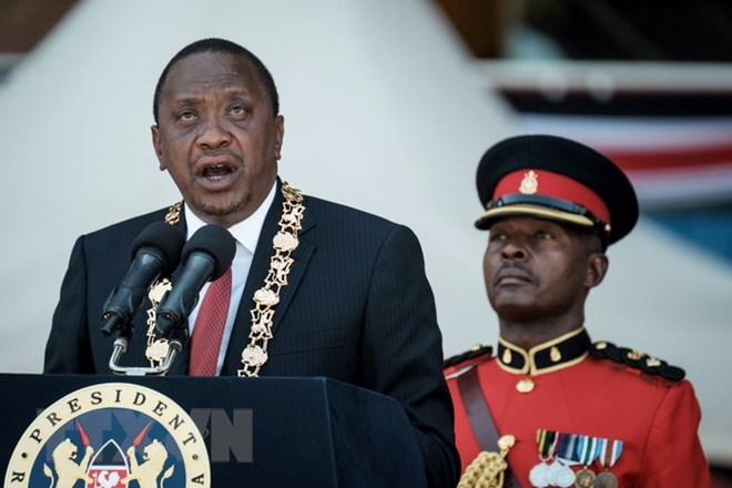 Kenya President Uhuru Kenyatta leaves for visit to UK
