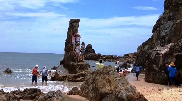 Quang Binh offers free Wi-fi at 12 tourist attractions