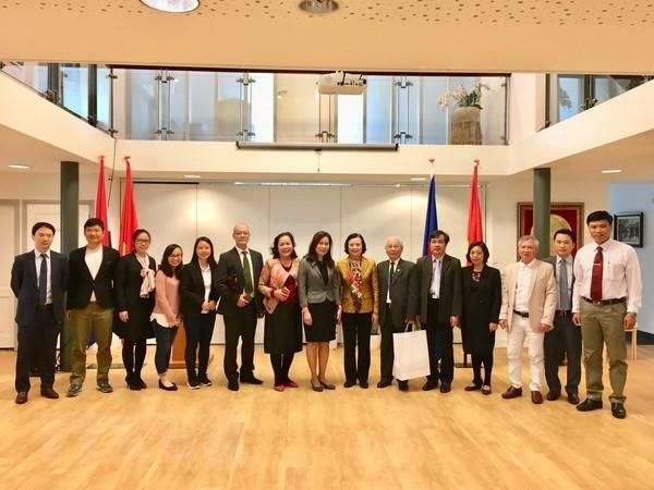Party mass mobilization commission delegation visits Netherlands