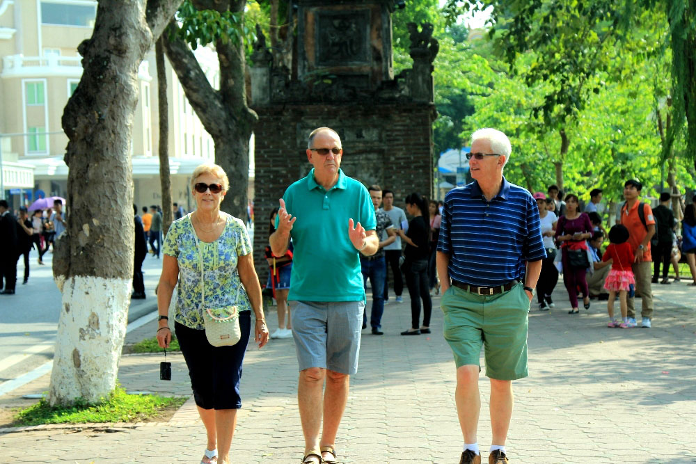 Vietnam welcomes 6.7 million foreigners in five months