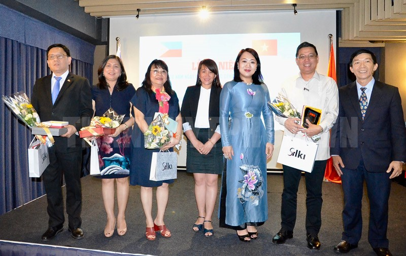 Vietnam - Philippines cooperative and friendly relationship continuously developed
