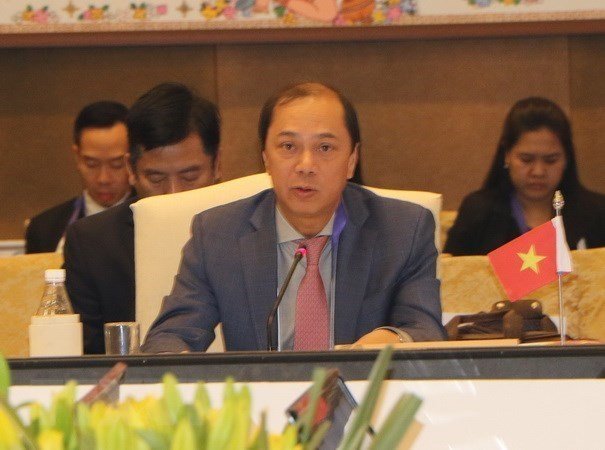 ASEAN, Chinese senior officials hold 24th consultation in Singapore