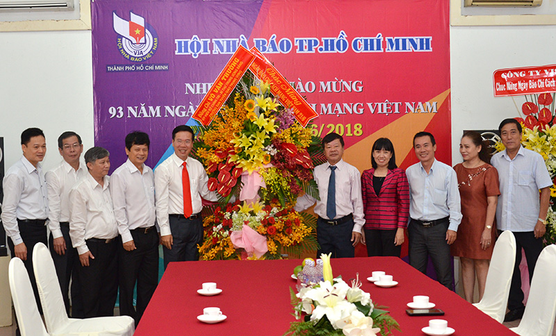 Mr Vo Van Thuong visits Ho Chi Minh city Journalists Association