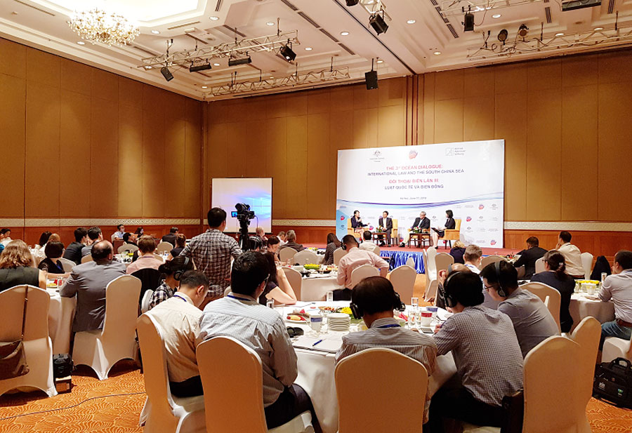 "Hanoi hosts 3rd Ocean dialogue ""International law and the South China sea"""