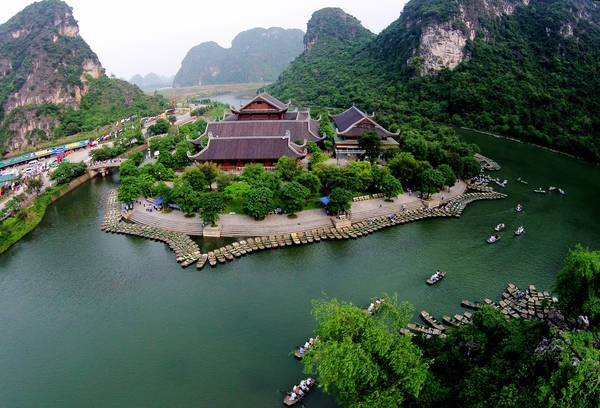 Ninh Binh launches smart tourism portal