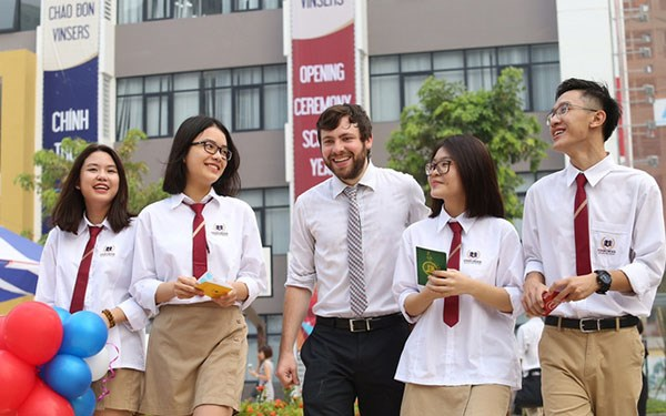 Gov't issues decree on education linkage with foreign partners