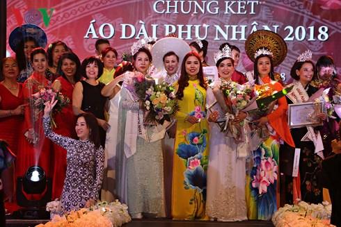 Final night of Mrs Ao Dai Vietnam Europe 2018 held in Czech Republic