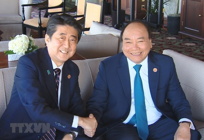 PM Nguyen Xuan Phuc meets many country leaders in Quebec