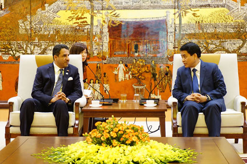 Hanoi, UAE promote effective cooperation