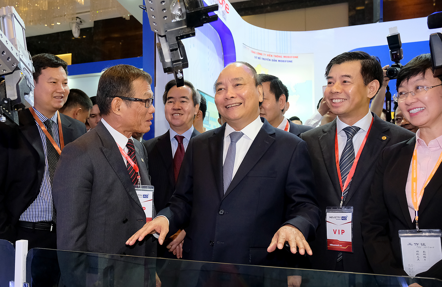 With resolve, Vietnam ready to move forward in Industry 4.0: PM says