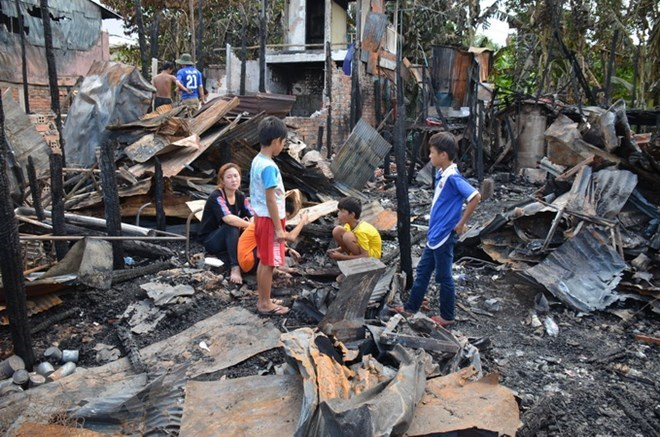 Normal life returns to Vietnamese Cambodians affected by blaze