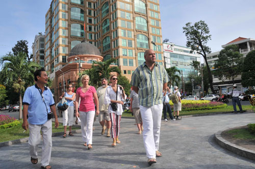 Number of foreign visitors to southern city rises 26.5%