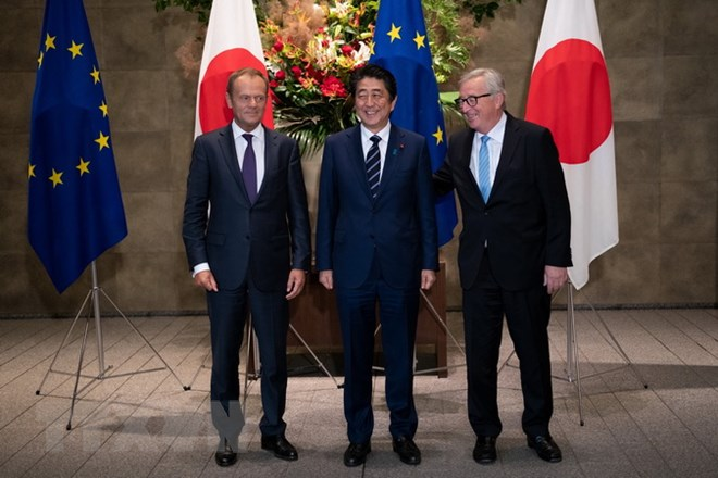 Japan, EU sign free trade agreement
