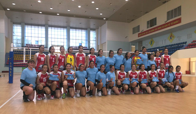US volleyball players enjoy youth sports diplomacy program in Vietnam