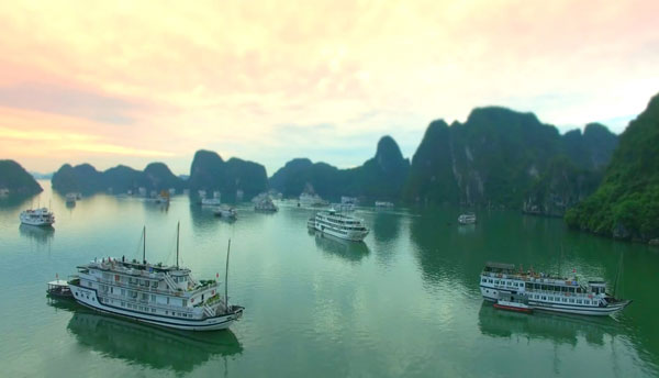 Ha Long bay among Top 100 UNESCO World heritage sites