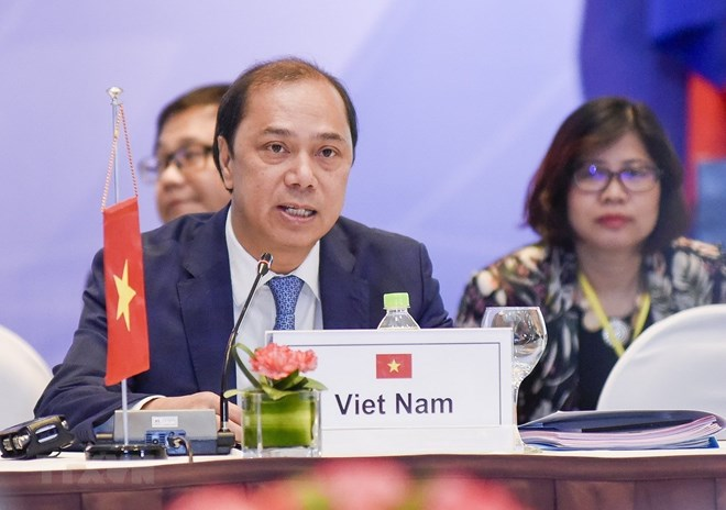 Vietnam actively realizes ASEAN commitments