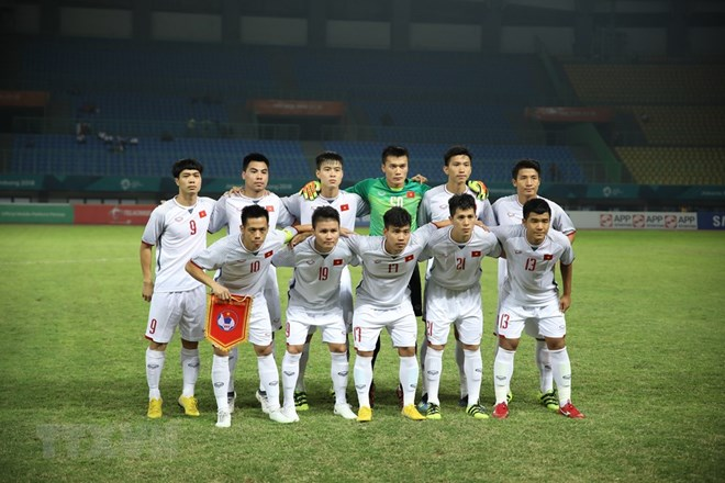 PM congratulates footballers for entering ASIAD semifinals