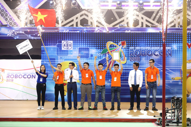 Vietnamese team crowned champion in the ABU Robocon