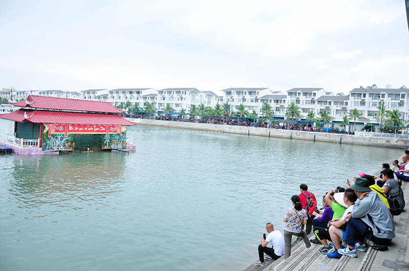 Over 9 million tourists visit Quang Ninh in 8 months