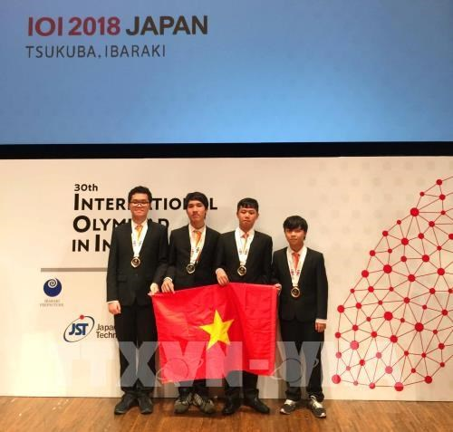 Vietnamese students win four medals at Int'l Olympiad in Informatics