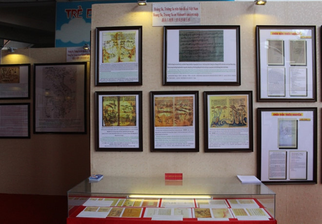 Nghe An province: Exhibition on Hoang Sa and Truong Sa