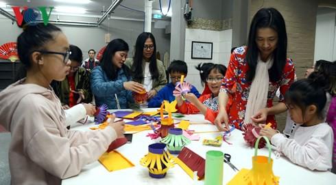 Traditional Mid-Autumn Festival for Vietnamese in Australia
