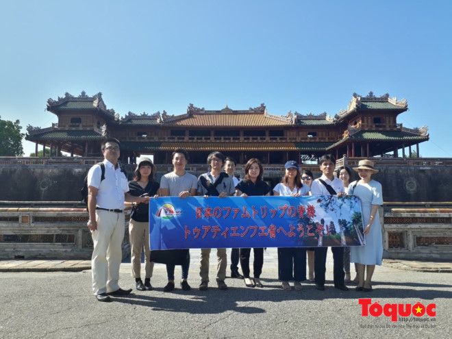 Japanese travel agents conduct fact-finding tour to Thua Thien-Hue