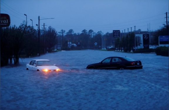 Hurricane Florence strikes eastern US: At least 13 dead