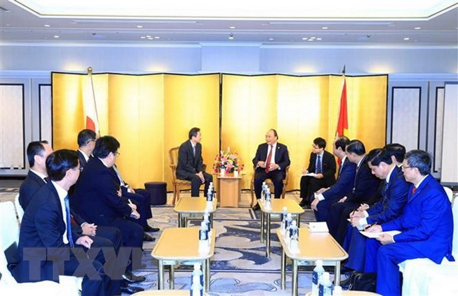 PM pledges to improve business climate for Japanese investors