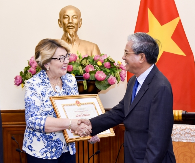 Vietnam, Russia enhance humanitarian cooperation