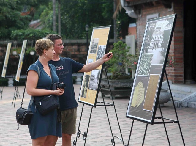 Vietnam welcomes 12.8 million foreign tourists in 10 months